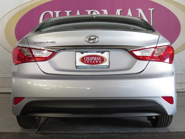 Hyundai sonata for sale tucson az for Camel motors tucson az