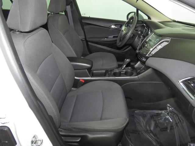 2018 Chevrolet Cruze LT – Stock #A2073030