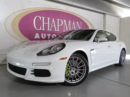 View the 2014 Porsche Panamera