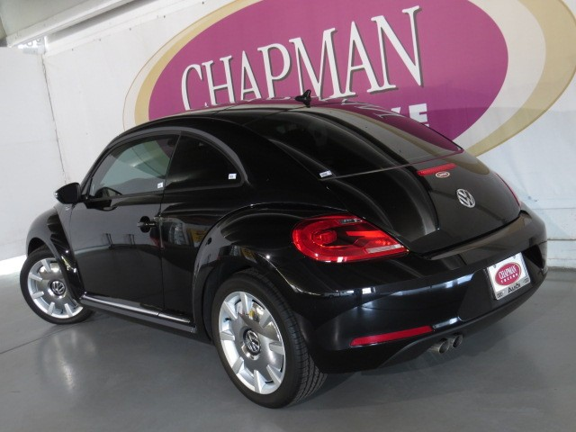 used 2013 volkswagen beetle 2 5l fender edition for sale. Black Bedroom Furniture Sets. Home Design Ideas