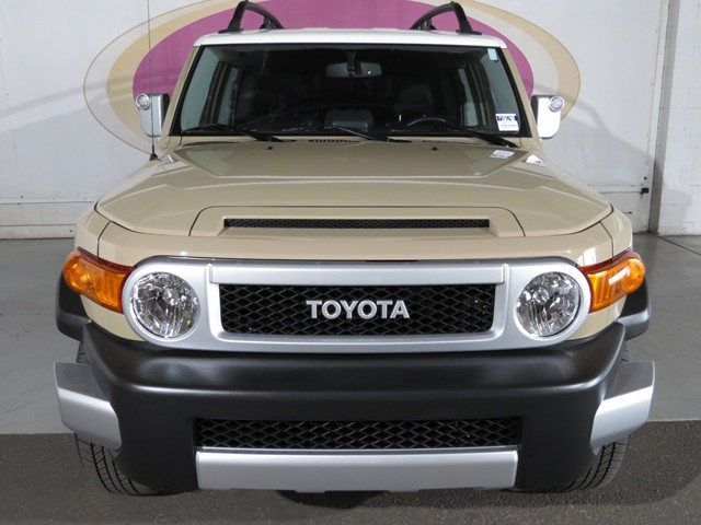 Tucson Used Cars 2014 Toyota Fj cruiser P1601240b on toyota camry sirius satellite radio