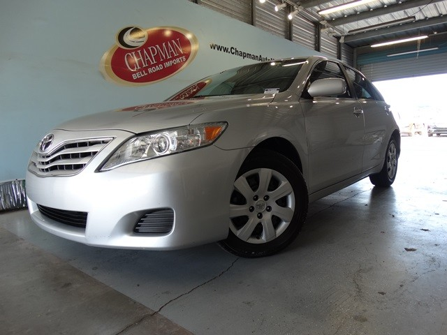 used 2011 toyota camry le stock h15609a chapman automotive group. Black Bedroom Furniture Sets. Home Design Ideas