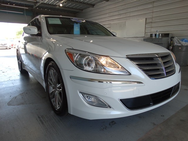 used 2012 hyundai genesis 3 8l stock h15851a chapman automotive group. Black Bedroom Furniture Sets. Home Design Ideas