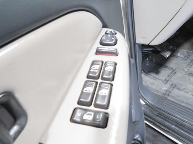 2002 Chevrolet Tahoe LS – Stock #H200085B