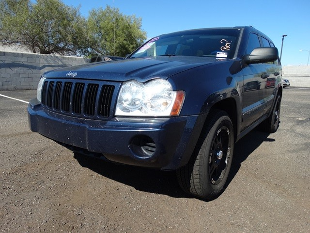 used 2006 jeep grand cherokee laredo for sale at chapman mazda stock z16022a. Black Bedroom Furniture Sets. Home Design Ideas