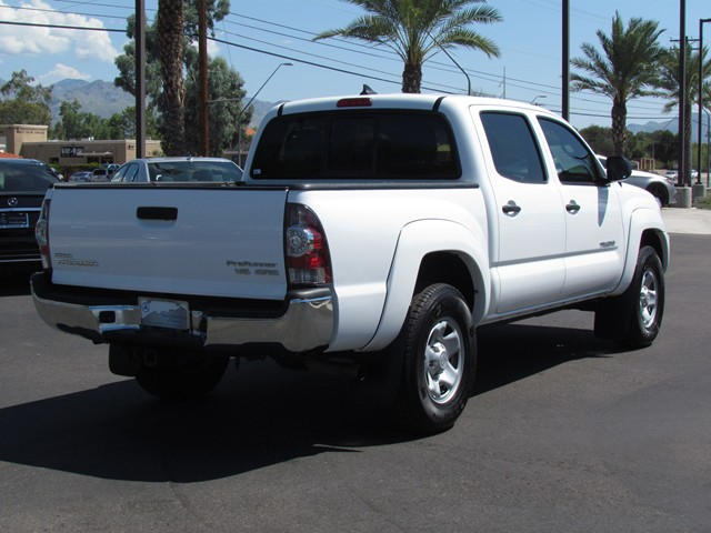 used 2015 toyota tacoma prerunner v6 crew cab for sale stock km167110 mercedes benz of tucson. Black Bedroom Furniture Sets. Home Design Ideas