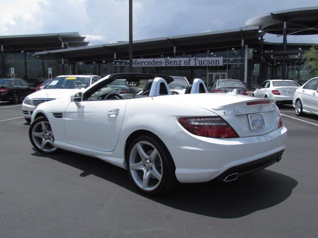 New mercedes benz inventory mercedes benz of tucson for 2014 mercedes benz slk250