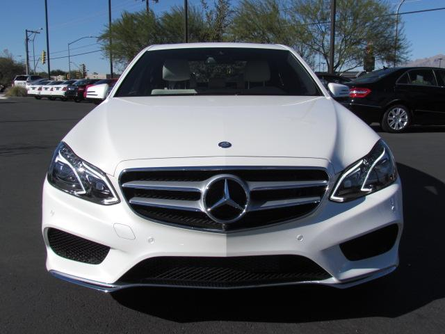 New mercedes benz inventory mercedes benz of tucson for Mercedes benz e550 4matic