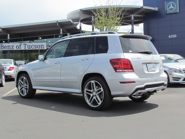 New mercedes benz inventory mercedes benz of tucson for Mercedes benz glk350 for sale