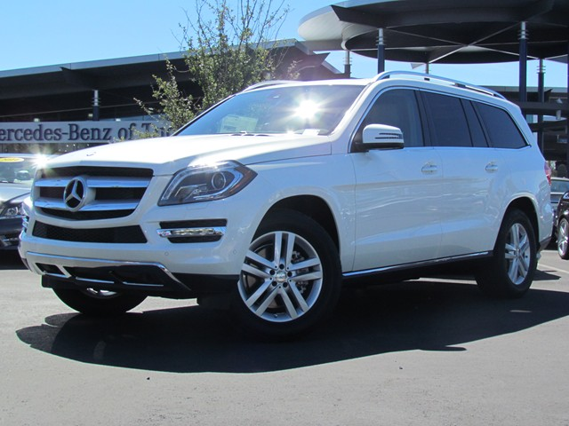 New mercedes benz inventory mercedes benz of tucson for Mercedes benz suv gl450