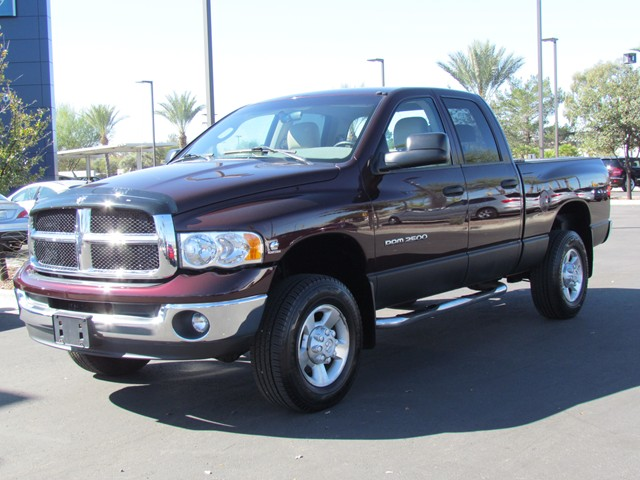 Used 2004 Dodge Ram 2500 ST Crew Cab for sale at Porsche
