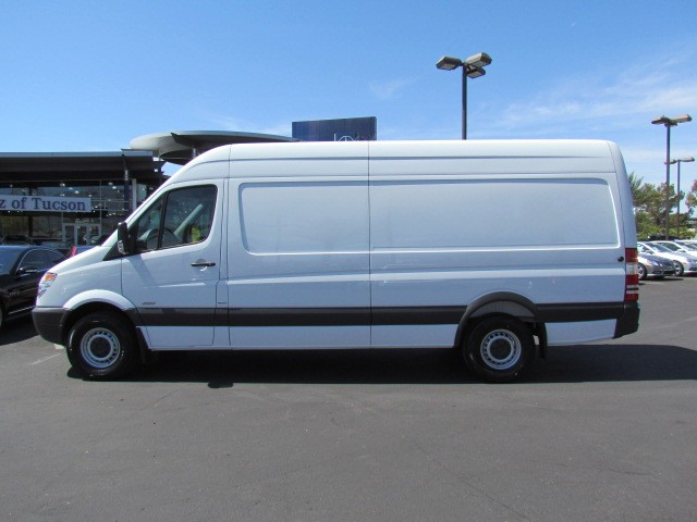 New mercedes benz inventory mercedes benz of tucson for Mercedes benz sprinter 170 for sale
