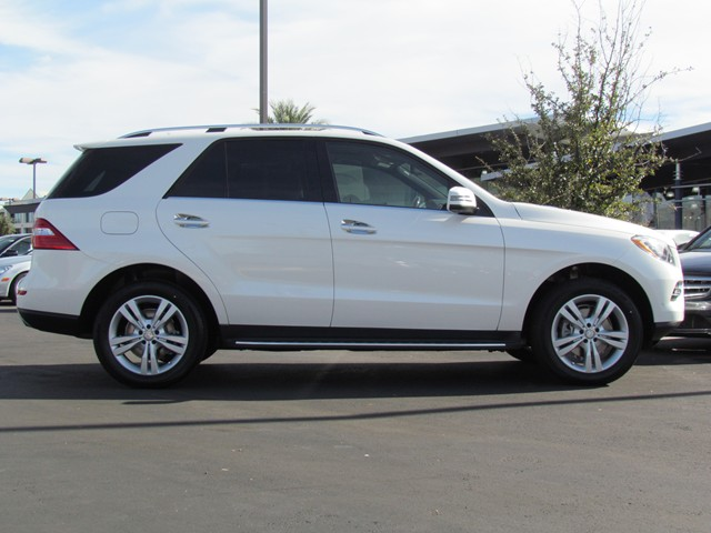 New mercedes benz inventory mercedes benz of tucson for Mercedes benz ml350 2015