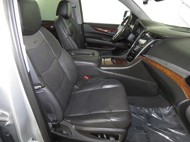2018 Cadillac Escalade ESV Luxury – Stock #D2072830