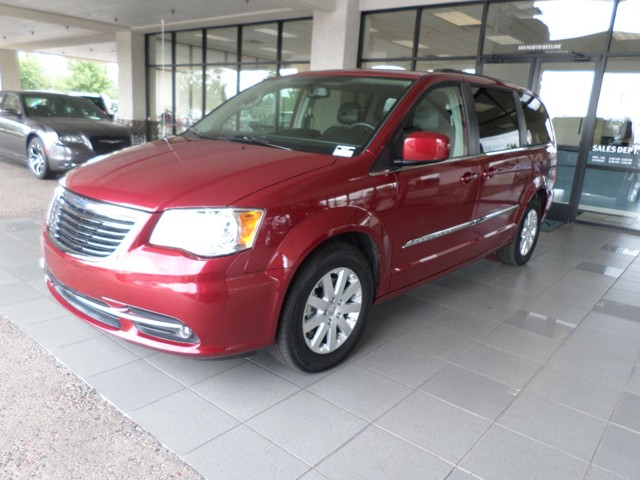 used 2014 chrysler town and country touring stock 4814p chapman automotive group. Black Bedroom Furniture Sets. Home Design Ideas