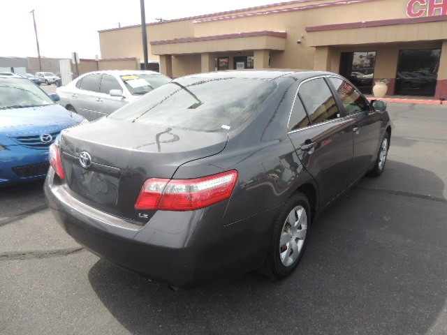 used 2009 toyota camry le stock 60166 chapman. Black Bedroom Furniture Sets. Home Design Ideas