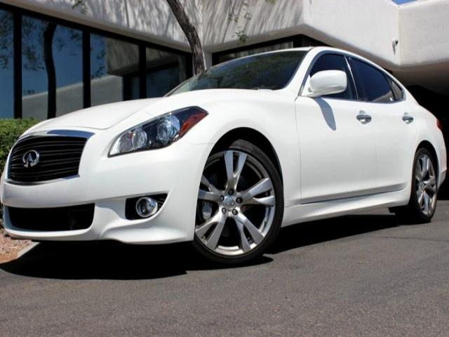 2012 Infiniti M56 S 8696 miles Chapman BMW is located at 12th and Camelback in Phoenix 602-385-228