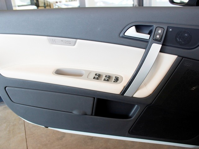 used 2013 volvo c70 t5 premier plus stock 150821a chapman automotive group. Black Bedroom Furniture Sets. Home Design Ideas