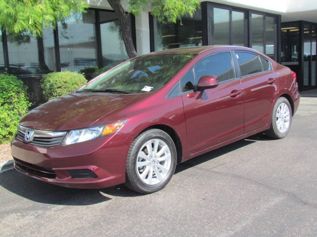 2012 Honda Civic EX-L 45495 miles 602 385-2286 1127 E Camelback HOME OF THE ULTIMATE TRADE I
