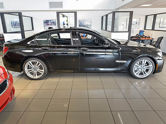 2014 BMW 7-Series 750i 62255 miles Driver Assistance Plus Executive Package M Sport Package 20