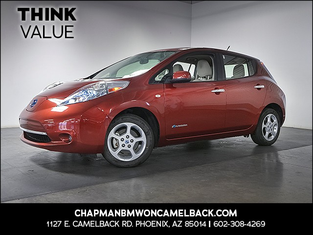 2011 Nissan LEAF SL 64918 miles Wireless data link Bluetooth Phone hands free Cruise control A
