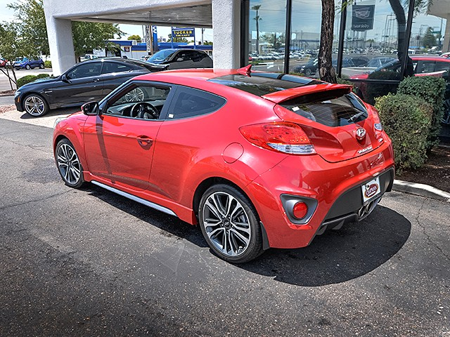 used 2016 hyundai veloster turbo for sale stock pk63102 chapman bmw on camelback. Black Bedroom Furniture Sets. Home Design Ideas