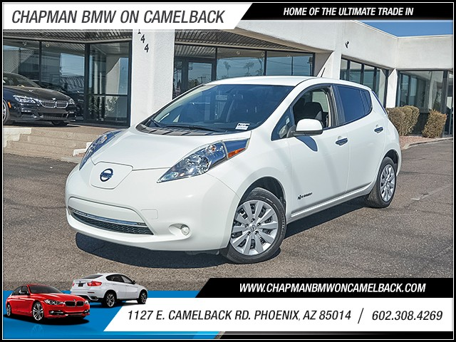 2015 Nissan LEAF S 33610 miles Chapman Value Center on Camelback is specializing in late model cl