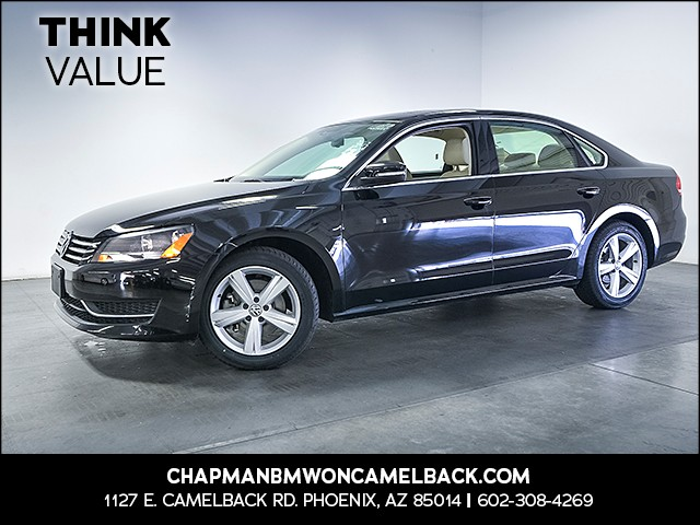 2013 Volkswagen Passat SE PZEV 30109 miles Wireless data link Bluetooth Cruise control Anti-the
