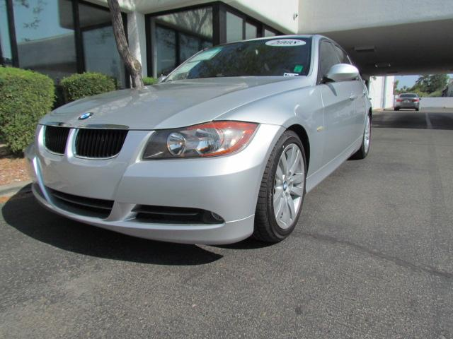2008 BMW 3-Series Sdn 328i 46487 miles Chapman BMW is located at 12th and Camelback in Phoenix 602