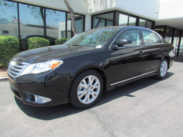 2012 Toyota Avalon Limited 28267 miles Chapman BMW is located at 12th and Camelback in Phoenix 602
