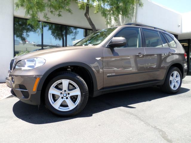 2013 BMW X5 Nav 6347 miles 1144 E Camelback Take advantage of exclusive BMW Certified Pre-Owned