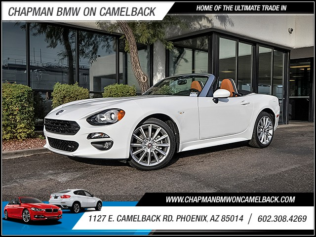 2017 FIAT 124 Spider Classica 392 miles PRE-OWNED YEAR END SALE Now through the end of Decembe