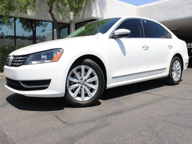 2012 Volkswagen Passat 25L SEL Premium 16150 miles Chapman BMW is located at 12th and Camelback i