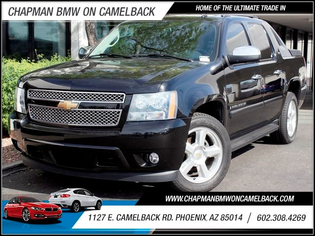 2008 Chevrolet Avalanche LTZ Crew Cab 71854 miles Rear Entertainment DVD System Hard Tonneau Cove