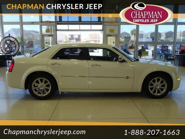 2006 Chrysler 300 C Details