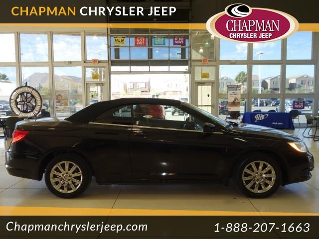 2013 Chrysler 200 Touring Conv Details