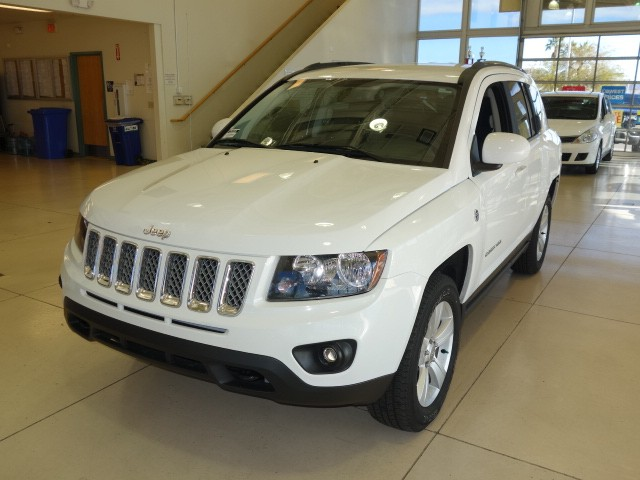 used 2014 jeep compass latitude for sale stock 15j855a chapman chrysler jeep. Black Bedroom Furniture Sets. Home Design Ideas