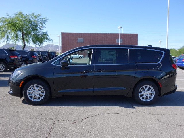2017 Chrysler Pacifica Touring In Las Vegas Nevada 702 338 5900 Stock 17c122 Lawrence