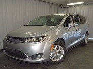 2020 Chrysler Pacifica Touring Stock#:20C010