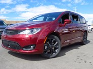2020 Chrysler Pacifica Touring Stock#:20C026