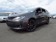2020 Chrysler Pacifica Touring Stock#:20C035
