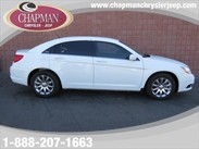 2013 Chrysler 200 Touring Details