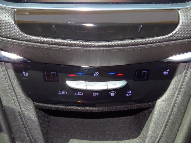 2017 Cadillac XT5 Luxury – Stock #20J909A