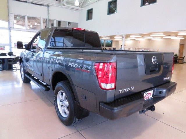 used 2011 nissan titan pro 4x extended cab stock 521427b chapman automotive group. Black Bedroom Furniture Sets. Home Design Ideas
