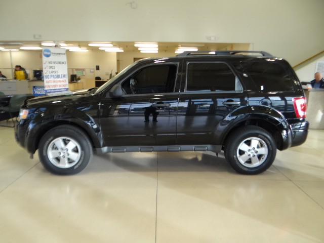 used 2012 ford escape xlt stock 734863a chapman. Black Bedroom Furniture Sets. Home Design Ideas