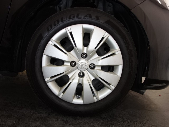 2013 Toyota Yaris L