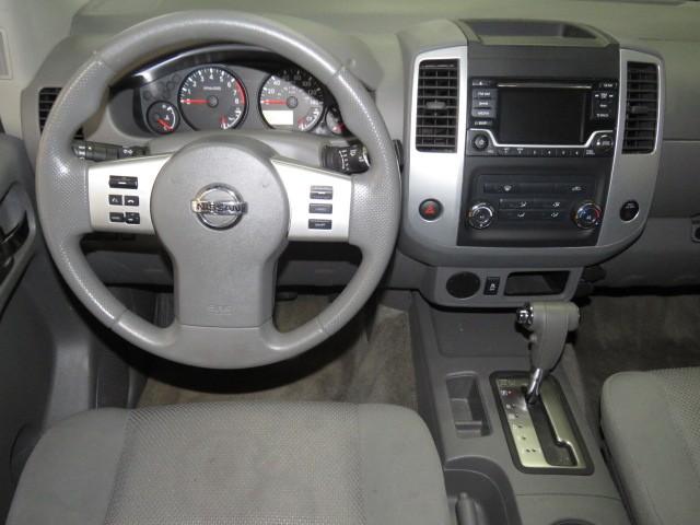 2016 Nissan Frontier SV Crew Cab