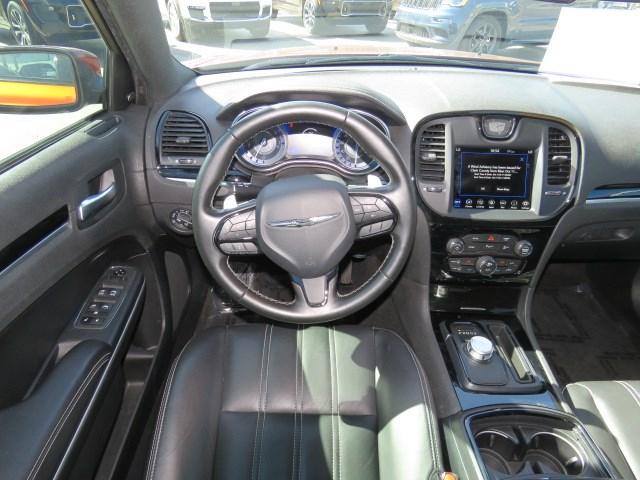 2021 Chrysler 300 S V8