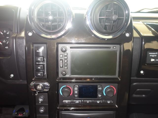 2006 HUMMER H2 SUT Crew Cab