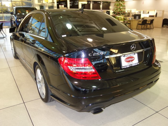 2012 Mercedes-Benz C-Class C 250 Luxury